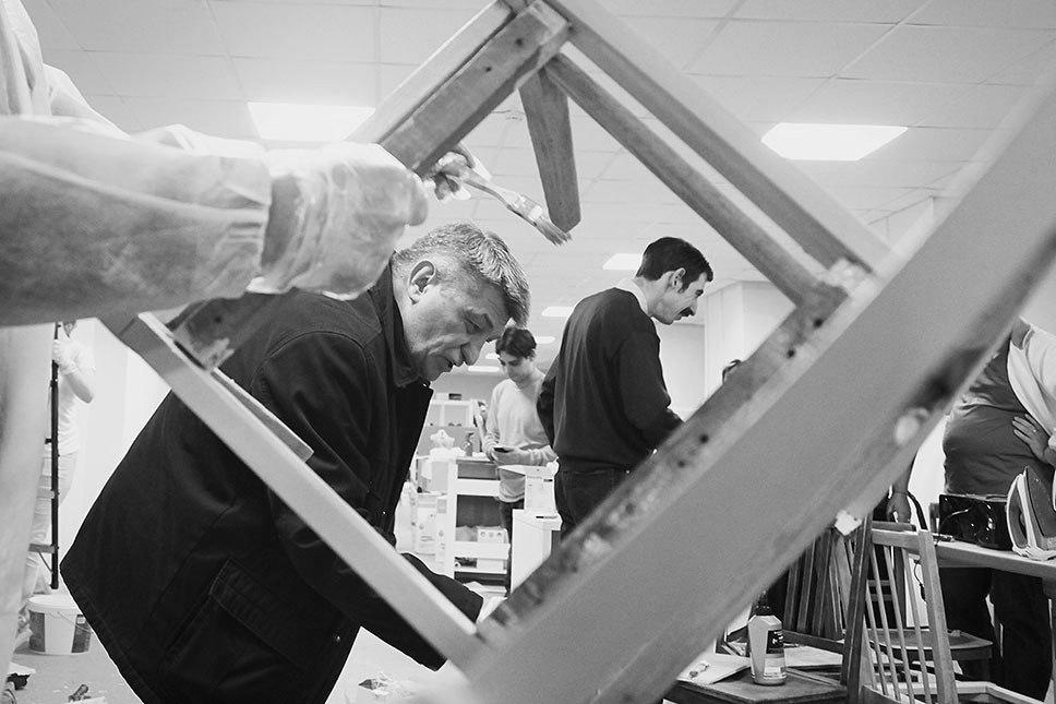 Александр Сокуров помогает с ремонтом Центра
