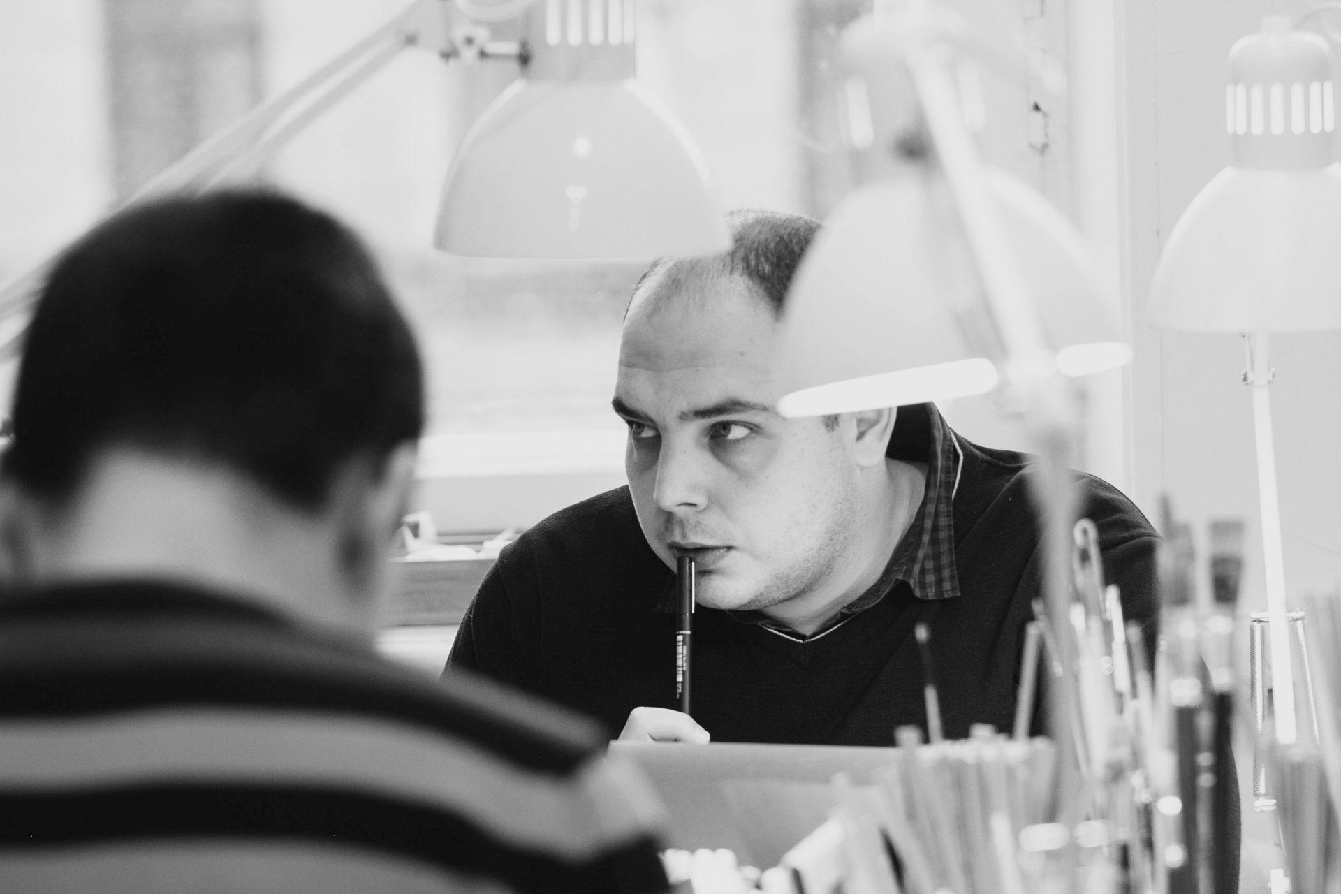 Центр на Невском: Илья в мастерской